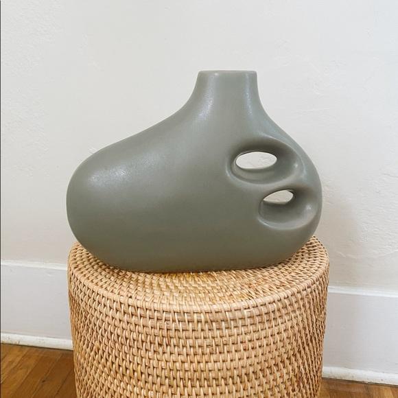 ABSTRACT studio pottery